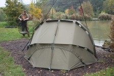 A Light shelter will help you keep mobile to ensure you stay on the fish